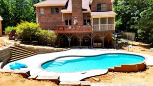 Concrete Swimming Pools Compared To Fiberglass Swimming Pools