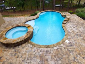 Lincolnton N.C. Concrete Swimming Pools Versus Vinyl Liner Swimming Pools
